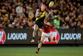 AFL 2018 Round 22 - Richmond v Essendon