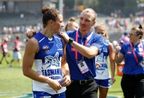 AFLW 2019 Rd 01 - North Melbourne v Carlton