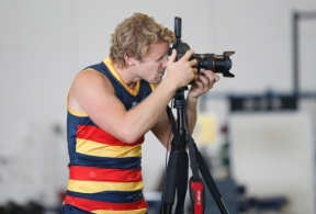 AFL 2019 Media - Adelaide Crows Team Photo Day