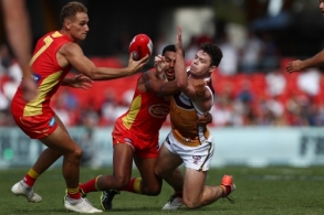 AFL 2019 Round 06 - Gold Coast v Brisbane