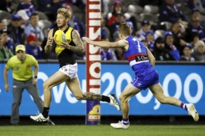 AFL 2019 Round 07 - Western Bulldogs v RIchmond