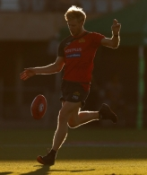 AFL 2019 Training - Gold Coast 140619
