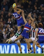 AFL 2019 Round 14 - Western Bulldogs v Collingwood