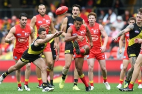 AFL 2019 Round 16 - Gold Coast v Richmond