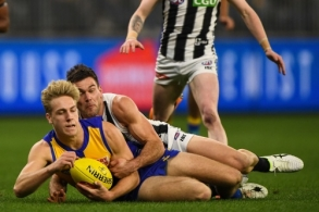 AFL 2019 Round 17 - West Coast v Collingwood