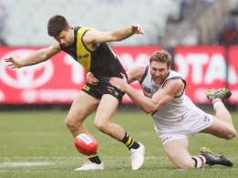 AFL 2019 Round 17 - Richmond v GWS