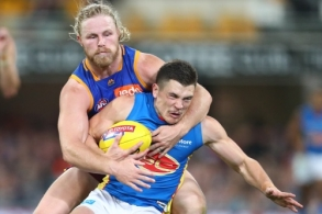 AFL 2019 Round 21 - Brisbane v Gold Coast