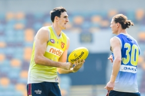 AFL 2019 Training - Brisbane 100919