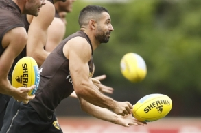 AFL 2020 Training - Hawthorn 190220