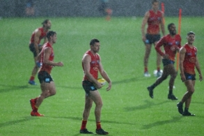 AFL 2020 Training - Gold Coast 100620