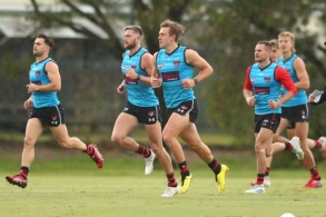 AFL 2020 Training - Essendon 240720
