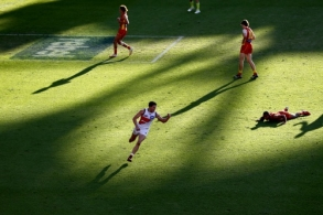 Photographers Choice - AFL 2020 Round 09
