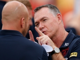 AFL 2020 Round 18 - Essendon v Melbourne