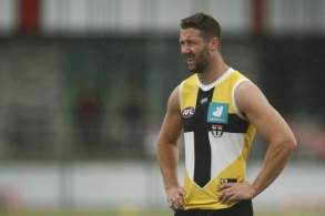 AFL 2021 Training - St Kilda 060121