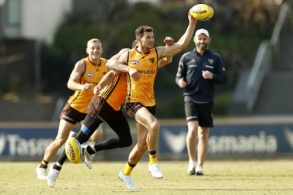 AFL 2021 Training - Hawthorn 190321